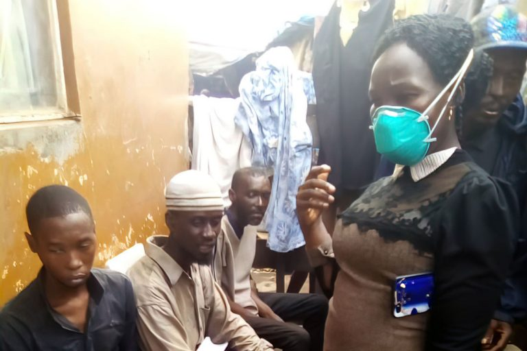 Tracking Down TB in an Urban Slum: Patient-led Contact Tracing